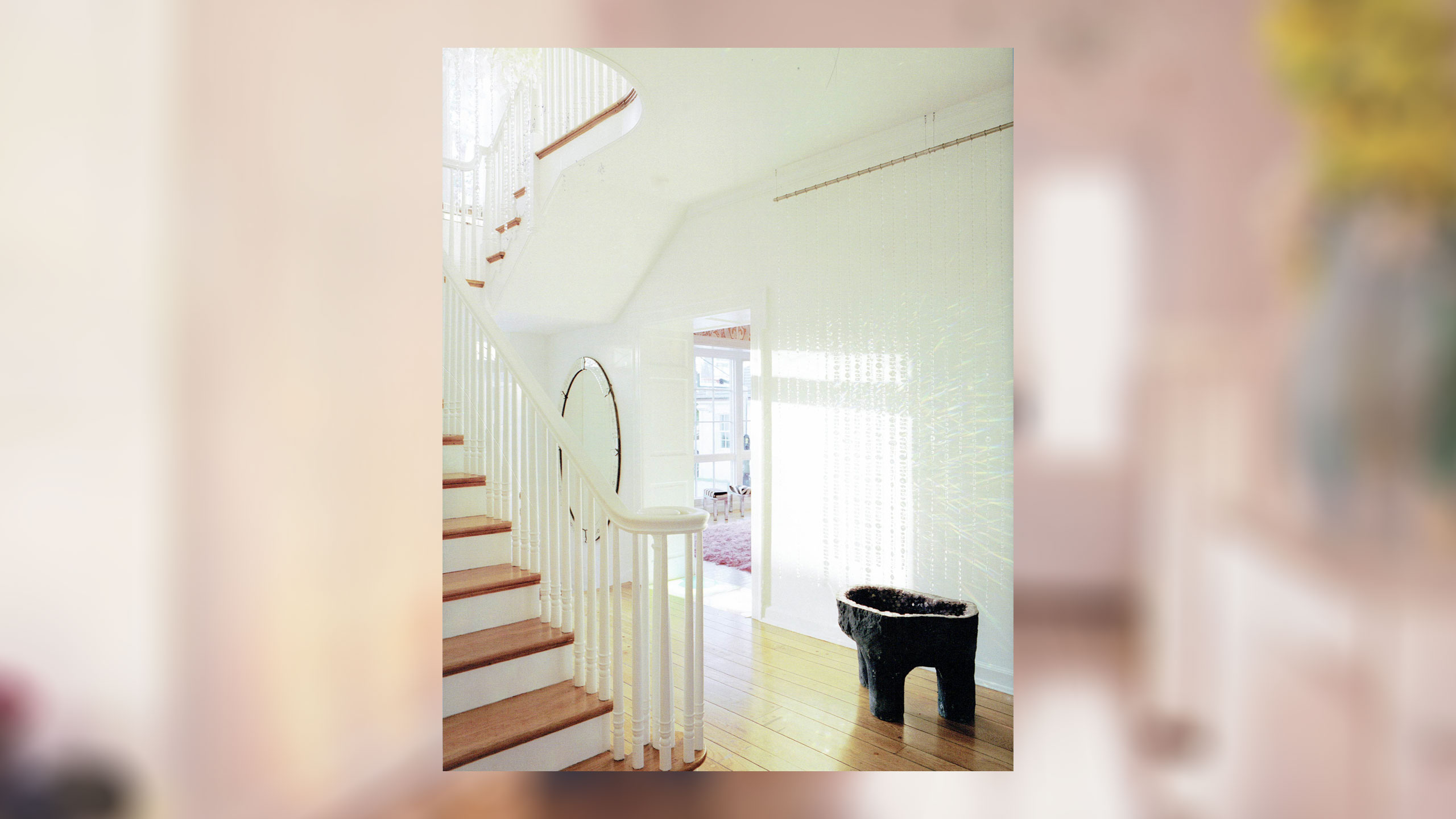 coconut-dilido-island-2560-entry-staircase
